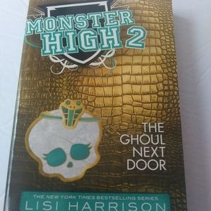 Monster High 2 youth book